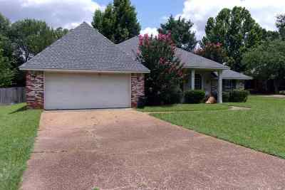 Madison County Single Family Home For Sale: 516 Brentwood Dr