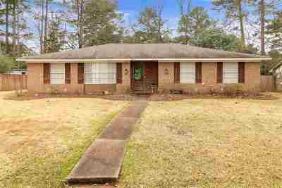 Brandon Single Family Home For Sale: 108 Hickory Hill Pl