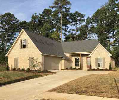 Flowood Single Family Home For Sale: 338 Royal Pond Circle