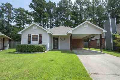 Brandon Single Family Home For Sale: 393 Audubon Cir