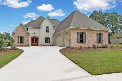 Madison Single Family Home For Sale: 132 Ironwood Plantation Blvd
