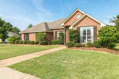 Brandon Single Family Home For Sale: 301 Bedford Ct