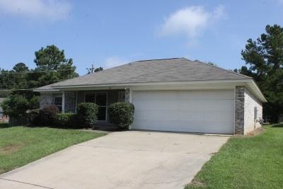 Byram Single Family Home For Sale: 404 Vining Ct