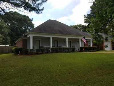 Ridgeland Single Family Home Contingent/Pending: 315 Kelly's Glen Dr