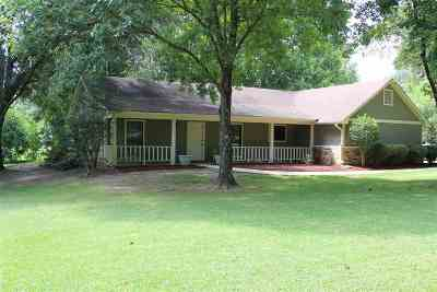 Byram Single Family Home Contingent/Pending: 6675 Siwell Rd.