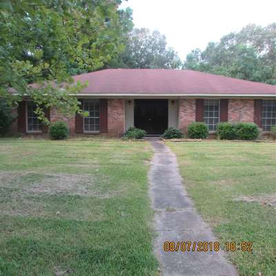 Hinds County Single Family Home Contingent/Pending: 347 Foxboro Dr