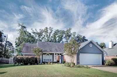 Flowood Single Family Home For Sale: 513 Laurelwood Dr