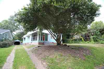 Jackson Single Family Home For Sale: 823 Riverview Dr