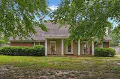 Madison County Single Family Home Contingent/Pending: 412 Summer Hill Rd
