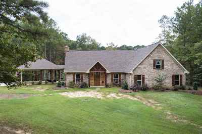 Canton Single Family Home Contingent/Pending: 609 Old Natchez Trace Rd