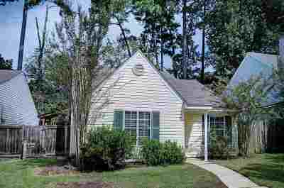 Brandon Single Family Home Contingent/Pending: 303 North Grove Cir