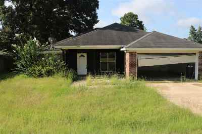 Byram Single Family Home Contingent/Pending: 5057 Womack Dr