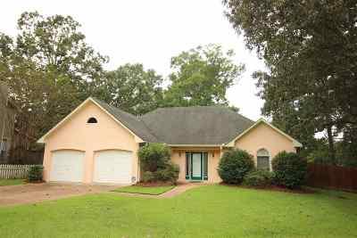 Byram Single Family Home For Sale: 59 Lee Cv