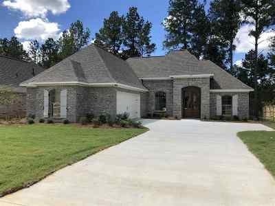 Madison County Single Family Home For Sale: 150 Hampton Ridge