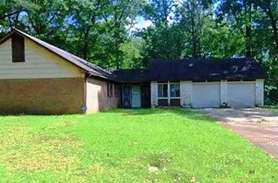 Jackson Single Family Home For Sale: 223 Carriage Hills Dr