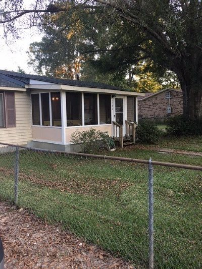 Pearl Single Family Home Contingent/Pending: 1280 Deeb St