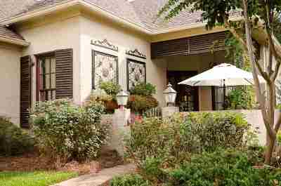 Madison Single Family Home For Sale: 161 Vinings Dr