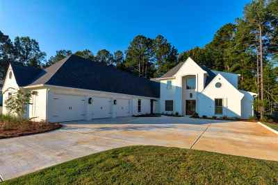 Madison Single Family Home For Sale: 309 Sugar Moss Ridge