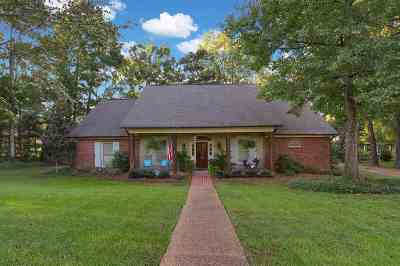 Madison Single Family Home For Sale: 206 Breezy Hill Dr