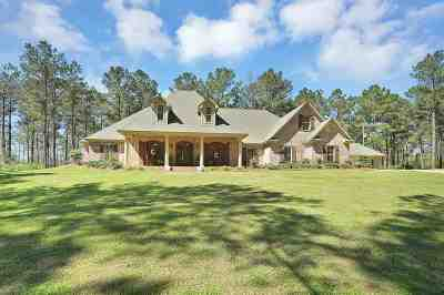 Magee Single Family Home Contingent/Pending: 2088 Hwy 541 None