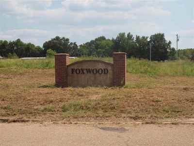 Jackson Residential Lots & Land Contingent/Pending: Fox Glen