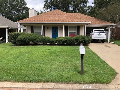 Brandon Single Family Home For Sale: 383 Audubon Cir