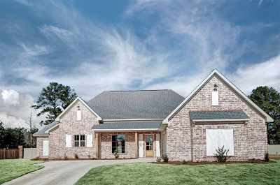 Flowood Single Family Home Contingent/Pending: 322 Royal Pond Circle