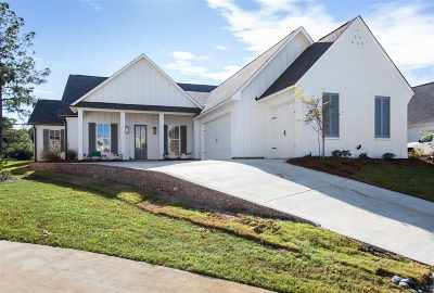Madison Single Family Home For Sale: 157 Greenway Ln