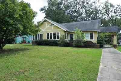 Madison County Single Family Home For Sale: 402 E Peace St