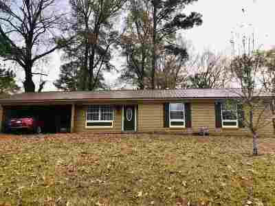 Pearl Single Family Home Contingent/Pending: 2285 Upper Dr