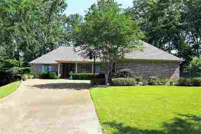Madison Rental For Rent: 264 Woodland Brook Dr