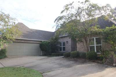Madison County Single Family Home Contingent/Pending: 539 Hazelton Dr