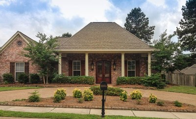Madison Single Family Home For Sale: 107 Sycamore Ridge