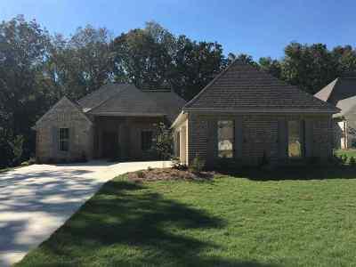 Madison Single Family Home Contingent/Pending: 117 Nestling Cove