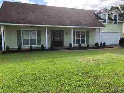 Ridgeland Single Family Home Contingent/Pending: 710 Glen Burn Ln