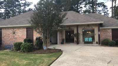 Flowood Single Family Home Contingent/Pending: 132 Britton Cir