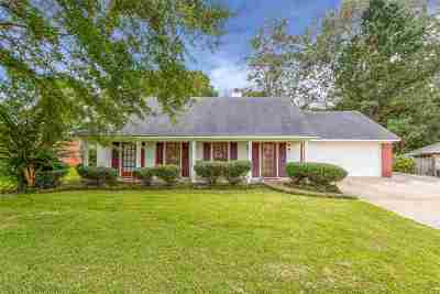Madison Single Family Home Contingent/Pending: 517 Brentwood Dr