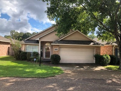 Clinton Single Family Home Contingent/Pending: 404 Twin Lakes North