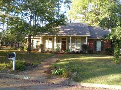 Ridgeland Rental For Rent: 324 Sagewood Dr