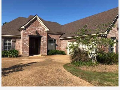 Madison Single Family Home For Sale: 885 Wellington Way