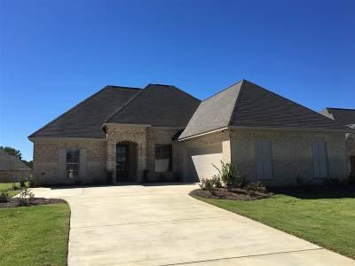 Madison Single Family Home For Sale: 516 Carpenter Cv