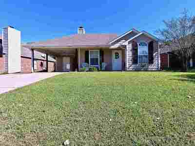 Brandon Single Family Home For Sale: 112 Eagle Dr