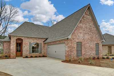 Ridgeland Single Family Home For Sale: 42 Enclave Cir