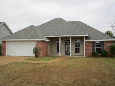 Rankin County Single Family Home For Sale: 104 Cherry Laurel Cir