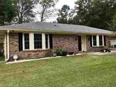 Ridgeland Single Family Home Contingent/Pending: 209 Ponderosa Pl
