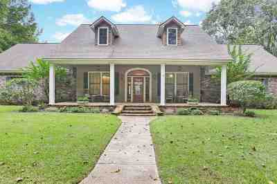 Hinds County Single Family Home Contingent/Pending: 537 N Springlake Cir