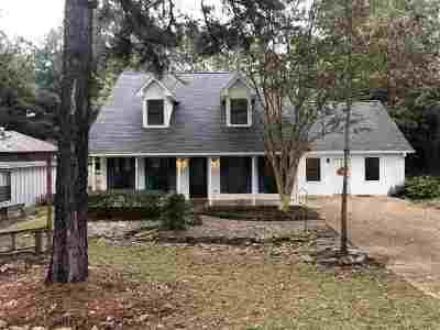 Brandon Single Family Home For Sale: 321 Stonecastle Dr