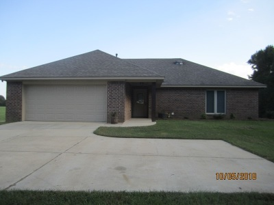 Scott County Single Family Home Contingent/Pending: 200 Collins Rd