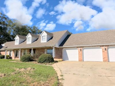 Madison County Single Family Home For Sale: 118 Bill Presley Rd