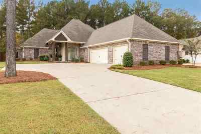Madison County Single Family Home For Sale: 115 Quill Cv